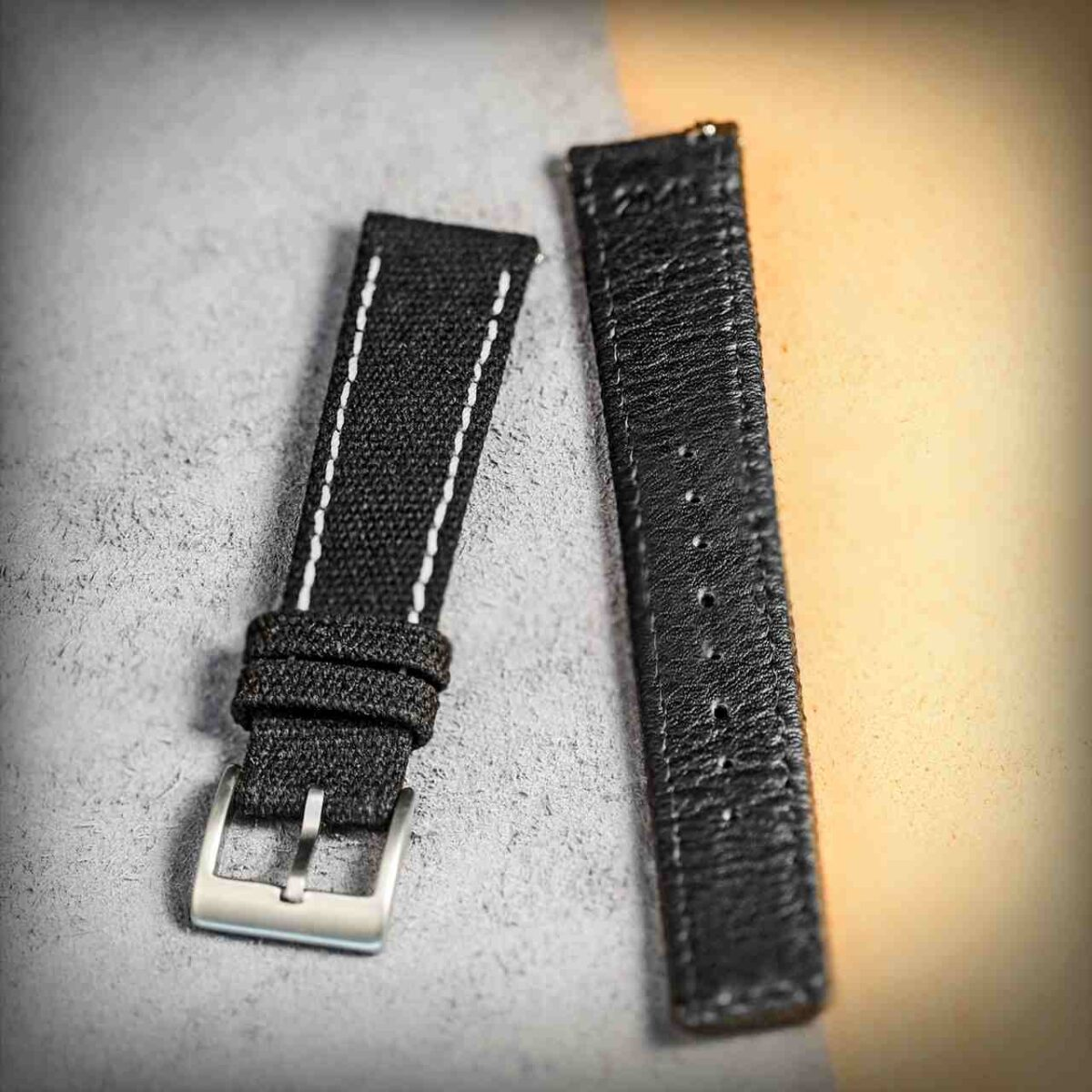 Black in White | Canvas Watch Bands Quick Release | Hemsut